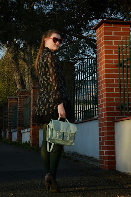 quaintrelle, georgiana, quaint, outfit, ootd, green, satchel company
