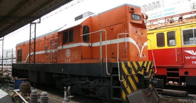 Blair's 鐵道攝影: R24柴電機車 / TRA R24 Diesel-electric Locomotive