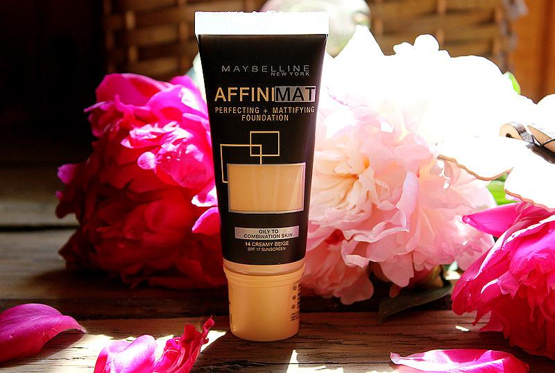 Тональный крем с матирующим эффектом Maybelline Affinimat SPF 17 в оттенке #14 creamy beige / отзывы
