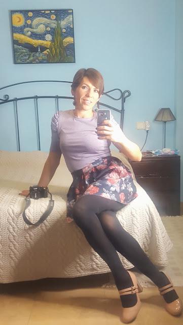 outfit falda de flores