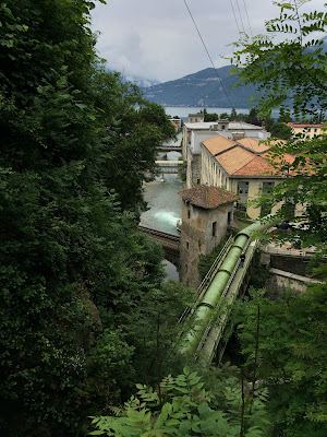 L'Orrido di Bellano – basically a gorge with a waterfall that is used to generate power today but has a long history of use in the silk and cotton factories in Bellano