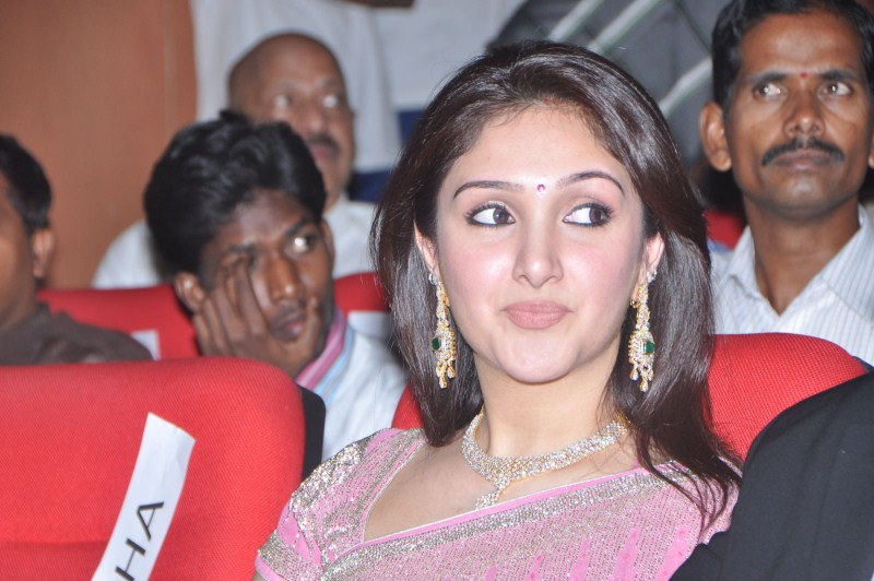 Sridevi Vijayakumar Cleavage: Most Popular Photos And Wallpapers