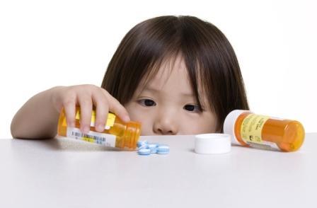 Tips Menjauhkan Obat Dari Jangkauan Anak