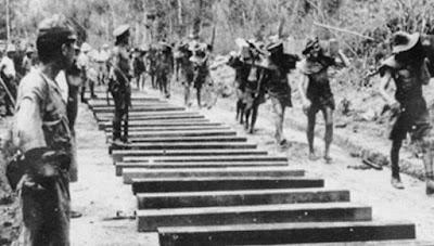 Romusha merupakan panggilan orang Indonesia yang bekerja untuk Jepang tanpa diberikan upah Romusha Pada Masa Penjajahan Jepang (Ketenagakerjaan, Kekejaman dan Dampak)