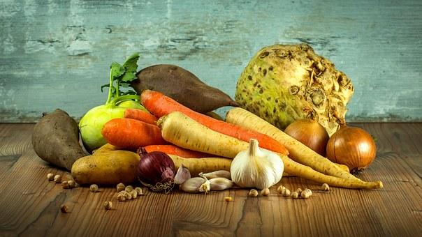 10 اطعمة تساعدة على الهضم وصحة الجهاز الهضمى