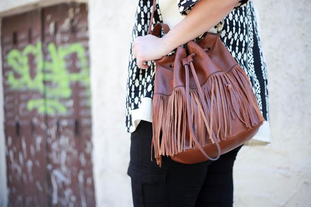 photo sac à frange fossil marron