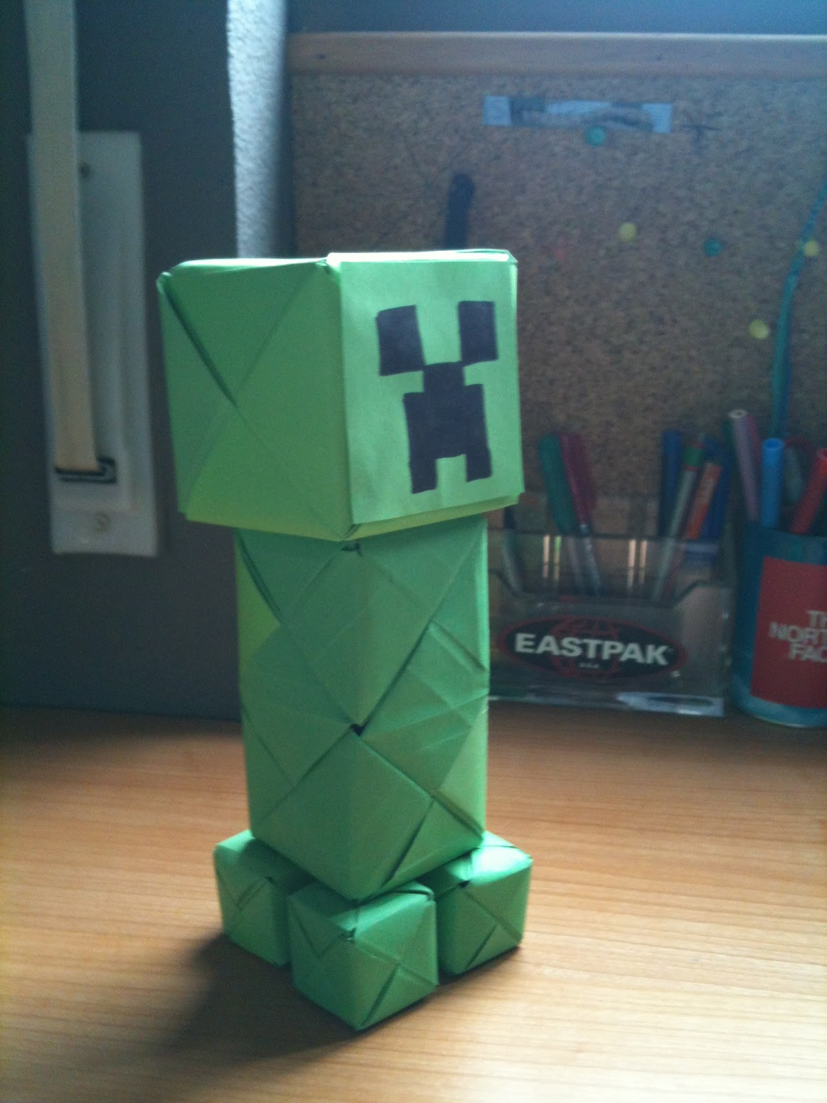 Telescoping Minecraft Creeper Costume : 7 Steps (with Pictures ... | 1600x1200