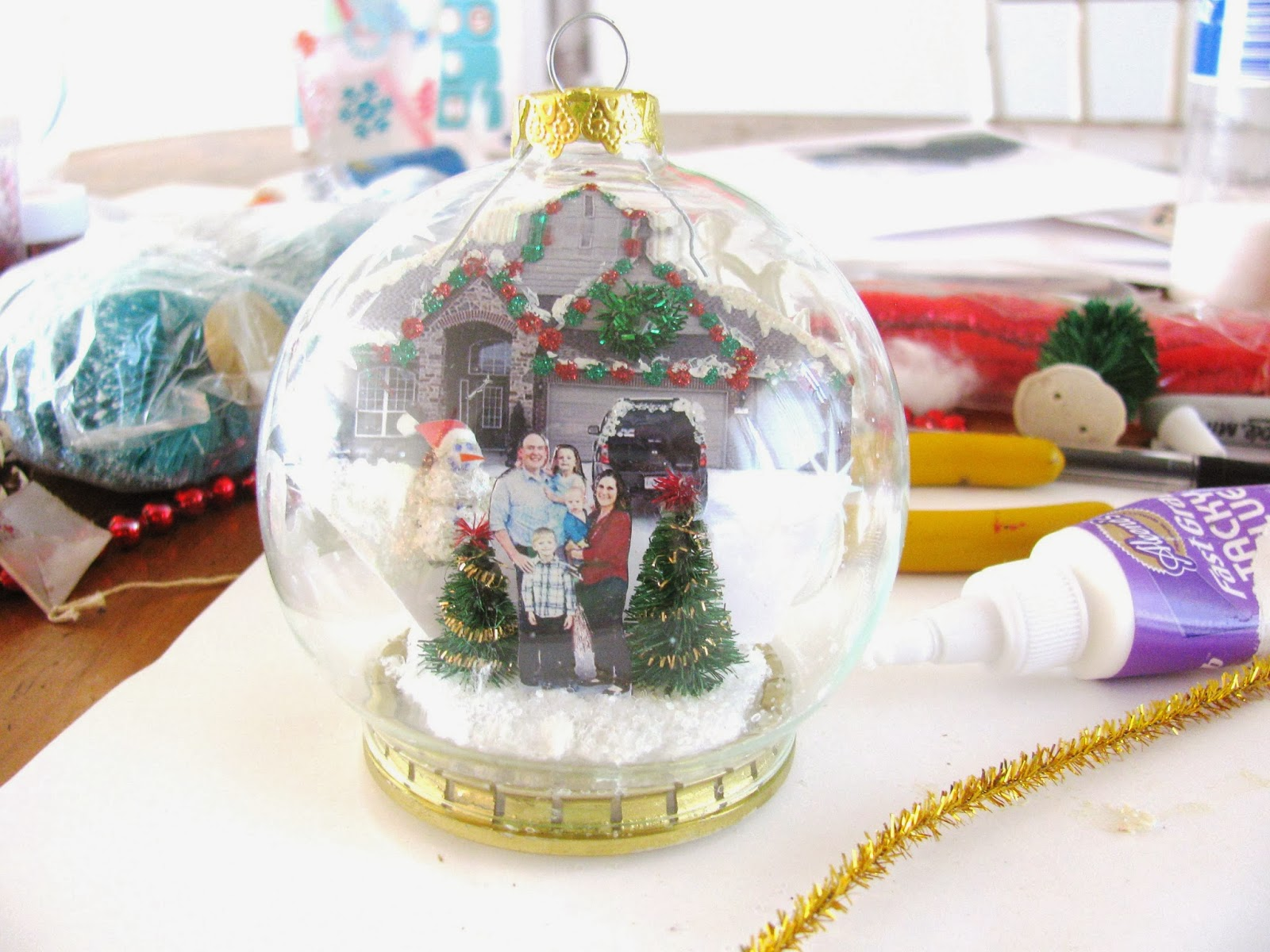 Christmas Diorama Ornaments.Pondicherry Cottage How To Make A Diorama Ornament Diy
