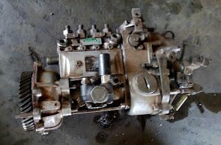 http://kendhou.blogspot.co.id/2015/08/menurunkan-injeksi-colt-diesel-ps.html