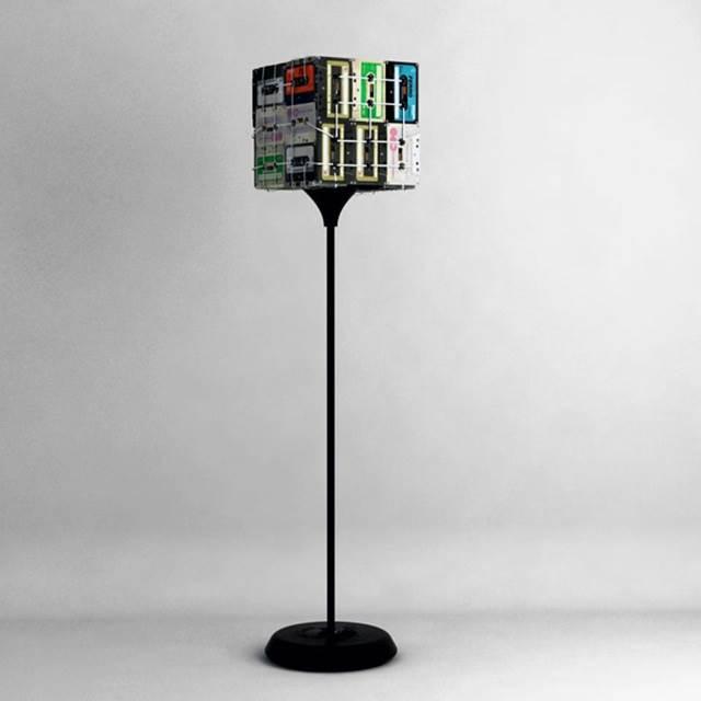 lampu kaset dengan stand