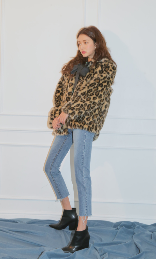 Bow Accent Leopard Pattern Jacket