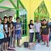 Warga Baroa Respon Bersih Masjid