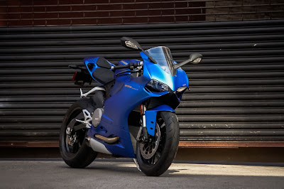 Ducati 899 Panigale blue Edition hd picture