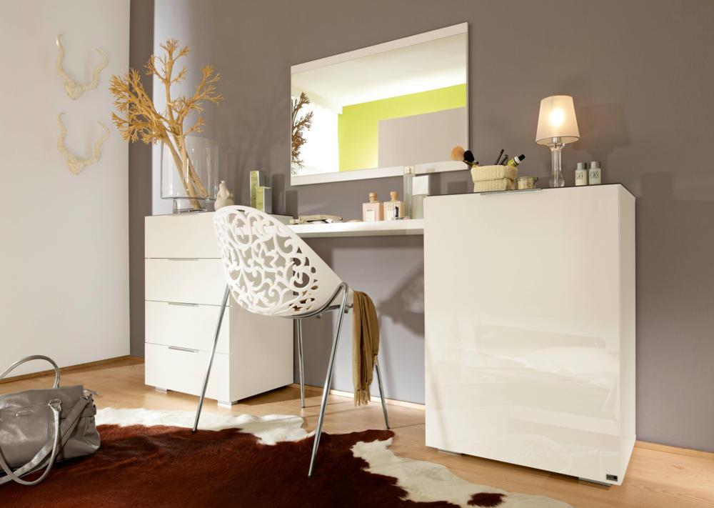 welt der sitzs cke und sessel wie kann man ein schminktisch frisiertisch einrichten tipps. Black Bedroom Furniture Sets. Home Design Ideas