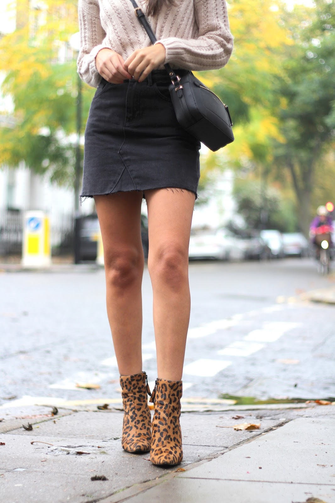 ankle boots leopard print peexo blogger