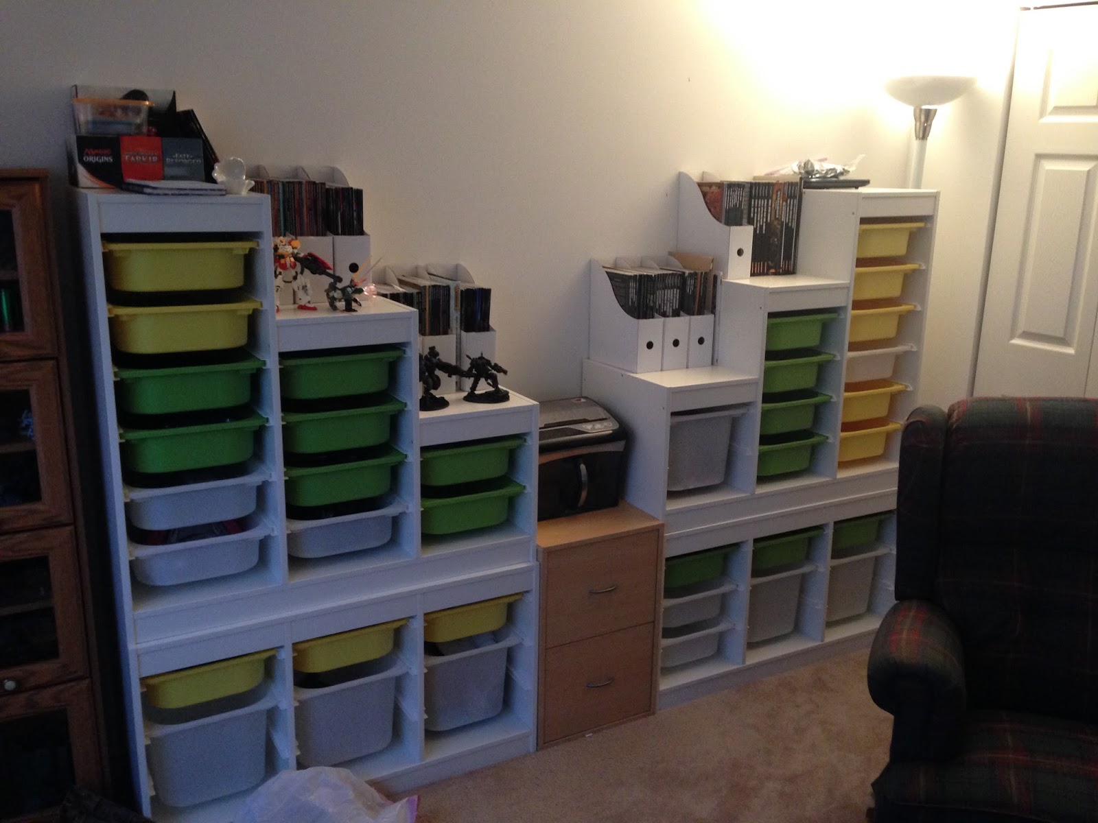 kris wall minis ikea trofast toy storage system. Black Bedroom Furniture Sets. Home Design Ideas