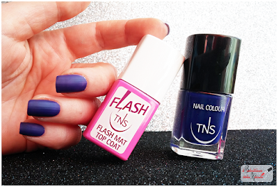 TNS cosmetics  topcoat flash mat nailart