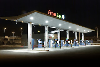 froet-gas-petrol-station-gasoline-195383/