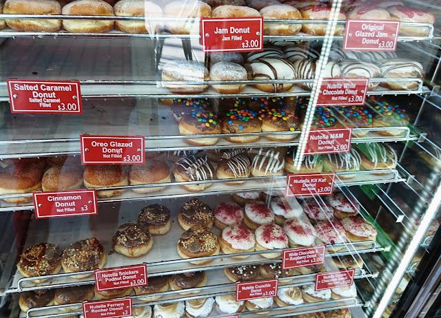 Daniel's Donuts, Springvale