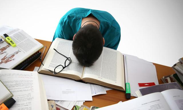 Mau Kuliah Tapi Tidak Ada Biaya? Atasi Dengan Beberapa Cara Berikut, Cara Kuliah Meskipun Tidak Ada Biaya