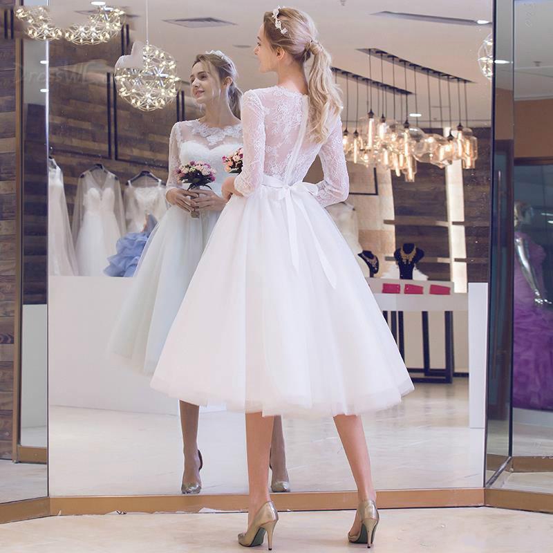 La moitié des manches printemps été automne classique et intemporel appliques naturel de la robe de mariée de glamour et dramatique