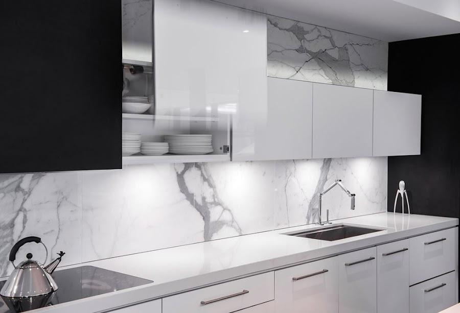 cocina-blanca-y-negra-con-isla-Secter-Design8
