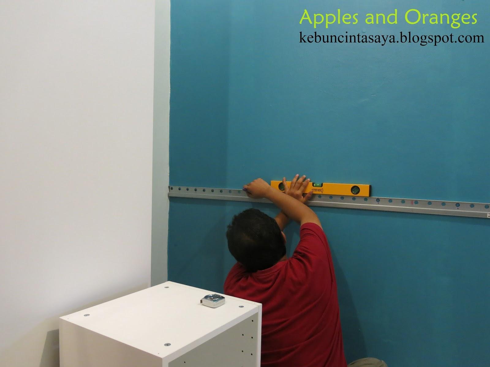 Nak Pasang Setiap Unit Tidaklah Susah Sangat Macam Perabot Ikea Yang Lain A Perlu Ikut Betul Manual Tapi Part Memasang Pada Dinding