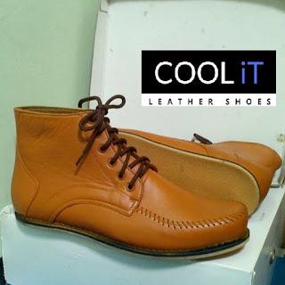 Pengrajin Sepatu Kulit Malangpabrik sepatu jakarta timur 260281afde