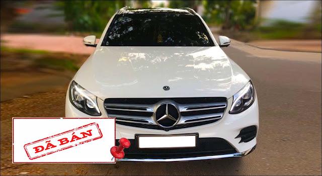Mercedes GLC 300 4MATIC 2018 đã qua sử dụng màu Trắng nội thất Đen