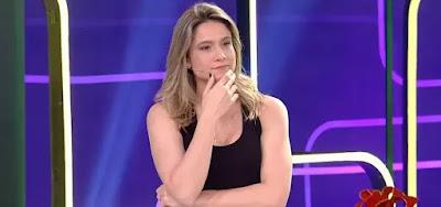 Fernanda Gentil fica desconfortável com plateia do Se Joga