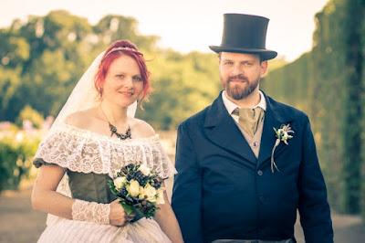 Das Hochzeitspaar von De Schnidder | Photo: Shutter Photography Kassel