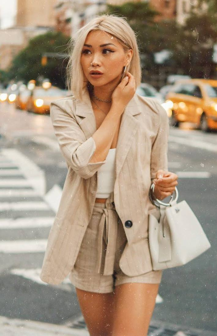 outfit of the day | beige suit + white top + bag