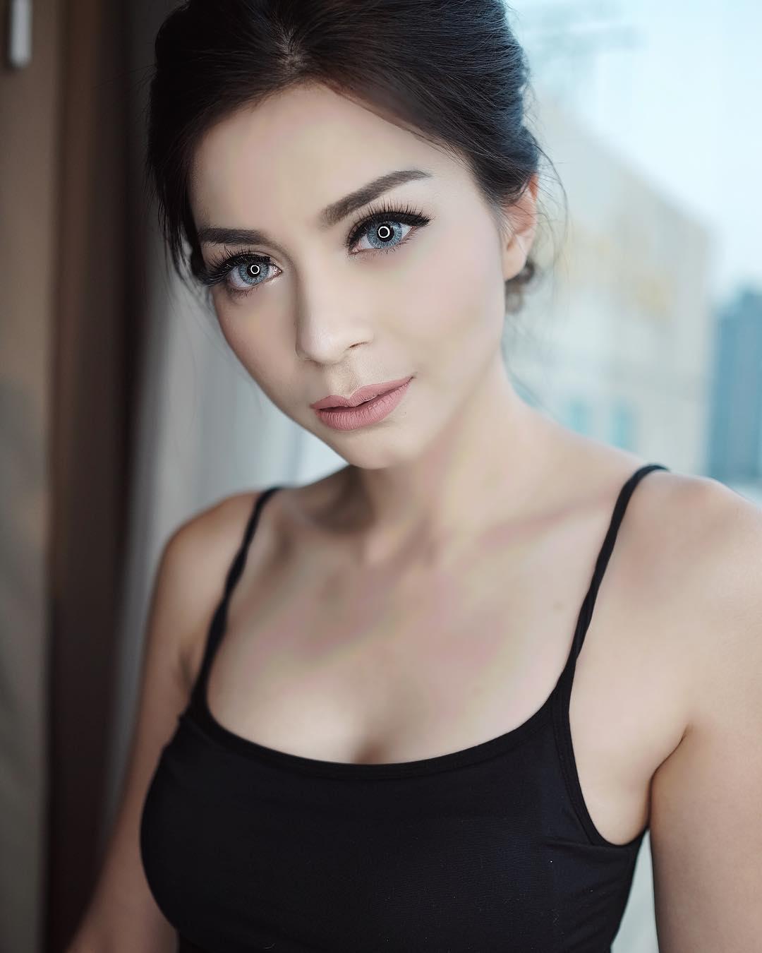 Foto Sexy Sandra Olga di Instagram Pribadinya