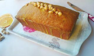 Juego de blogueros 2.0: Plum cake de avellanas