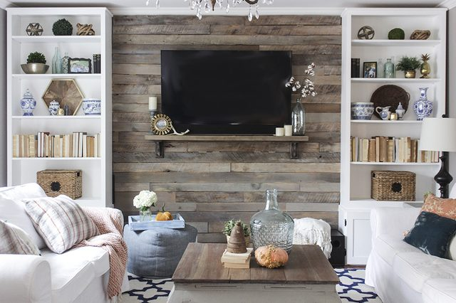 12 can't miss creative and unique ways to recycle and reuse wood pallets! - www.littlehouseoffour.com