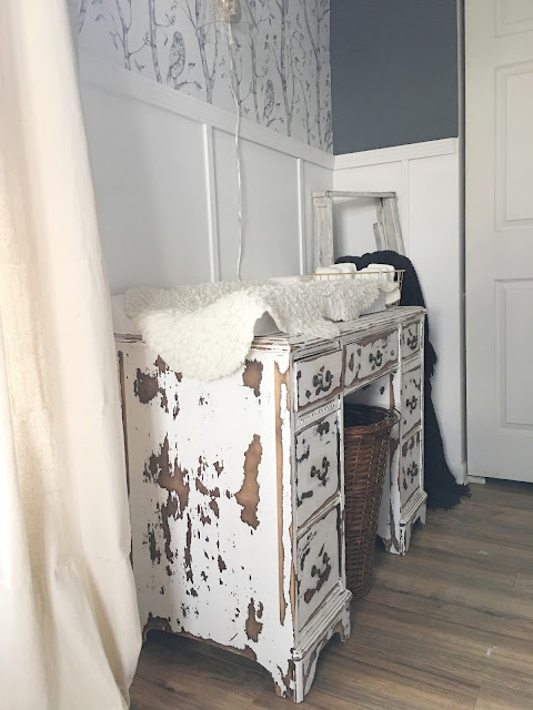 desk changing table
