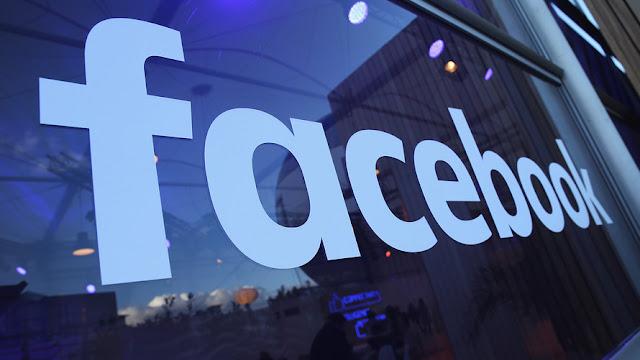 No momento, o Facebook está fora do ar para uma manutenção obrigatória, mas deve voltar em alguns minutos, diz uma mensagem.