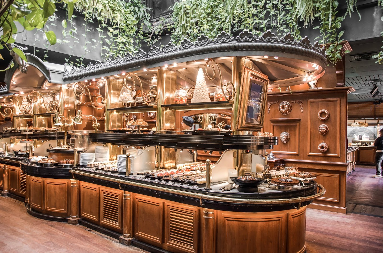 Les Grands Buffets con Renfe-SNCF