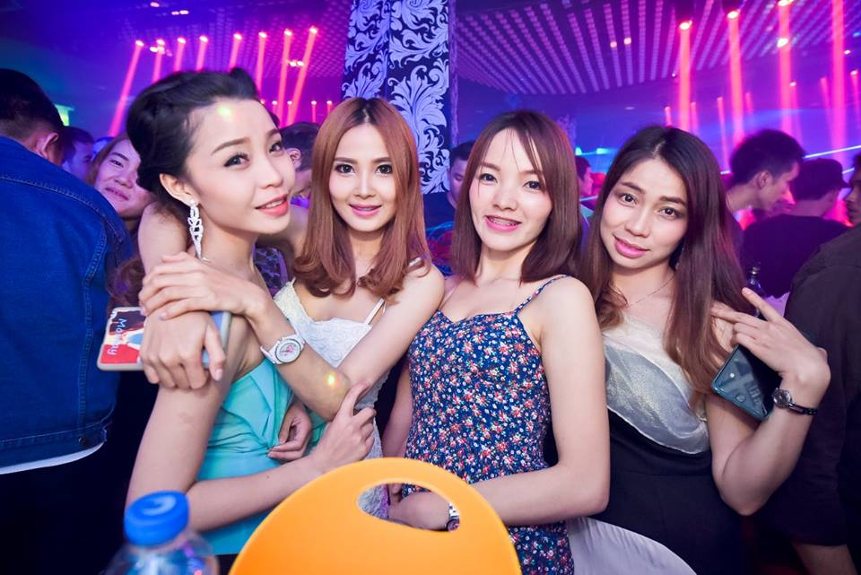 Girls in vientiane