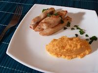 Baghete de pui cu piure de morcovi