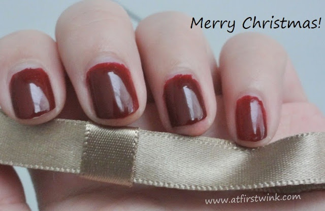 Etude House Dear My Deep Color nail polishes DRD301 - Why Wine with gold ribbon