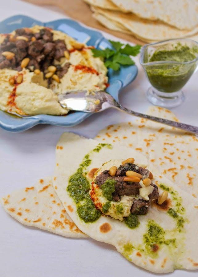 hummus-libanés-carne-piñones
