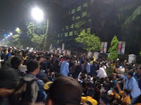 Aksi Mahasiswa BEM SI Sempat Ricuh Dengan Polisi