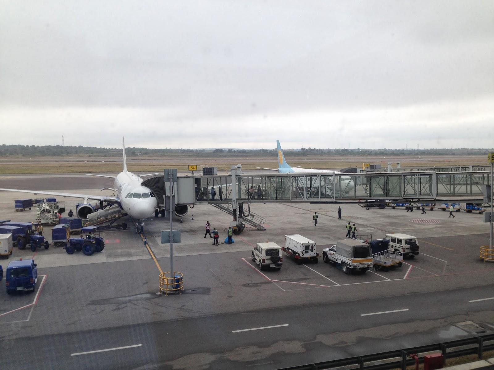 Rajeev's World: Plane Spotting At HYD      Again