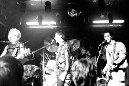 Heavy Soundboard Bootlegs: Killing Joke - Live @ BBC's Paris Theatre