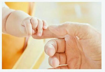 Menu MPASI Pertama Yang Aman Untuk Bayi