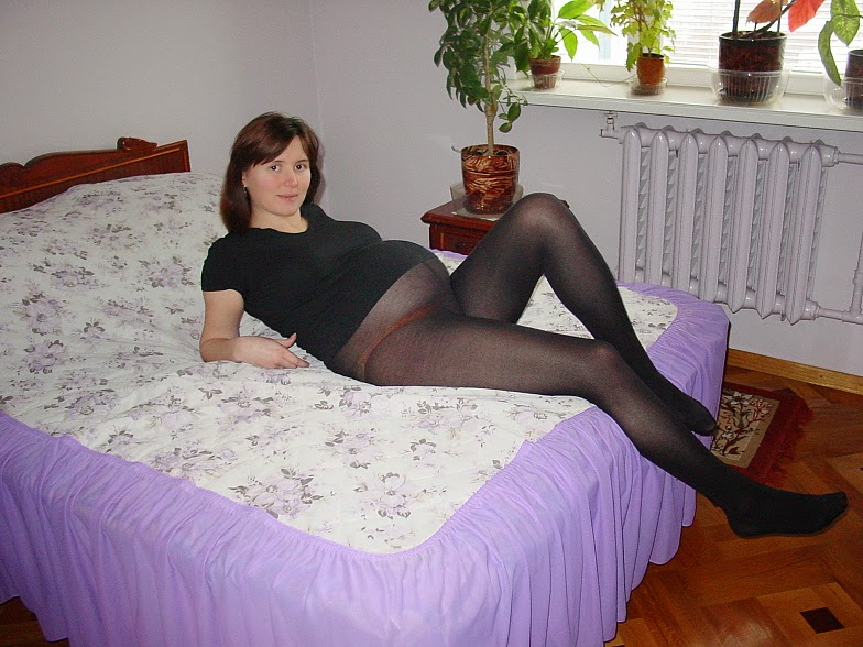 This excellent pregnant in pantyhose movies