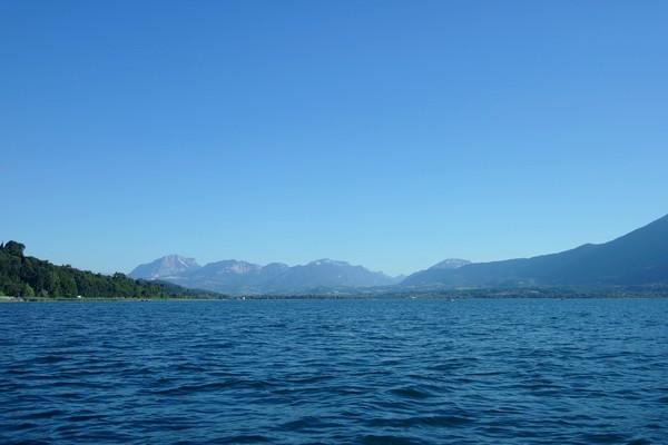 savoie aix-les-bains lac bourget pédalo
