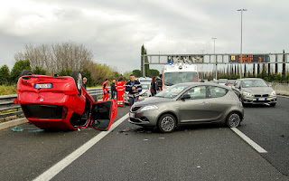 car accident 2165210 1920