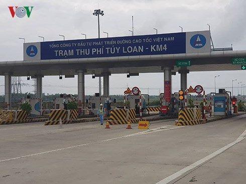 Việc thu phí trở lại đường cao tốc Đà Nẵng - Quảng Ngãi diễn ra thuận tiện